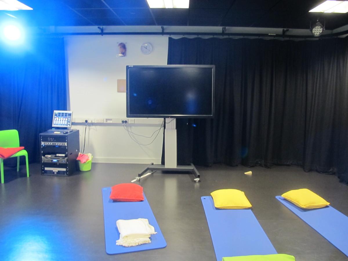 Performance  4 - St John Bosco Arts College - Liverpool - 4 - SchoolHire