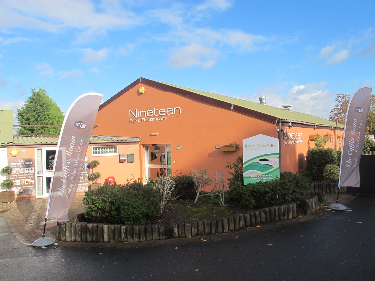Charnwood Golf & Leisure Complex - Leicestershire - 1 - SchoolHire