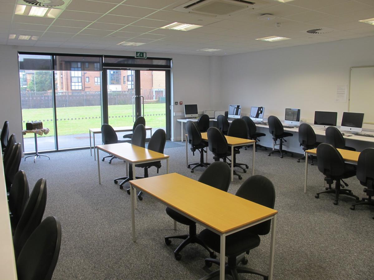 Seminar Room 1 - St John Bosco Arts College - Liverpool - 4 - SchoolHire