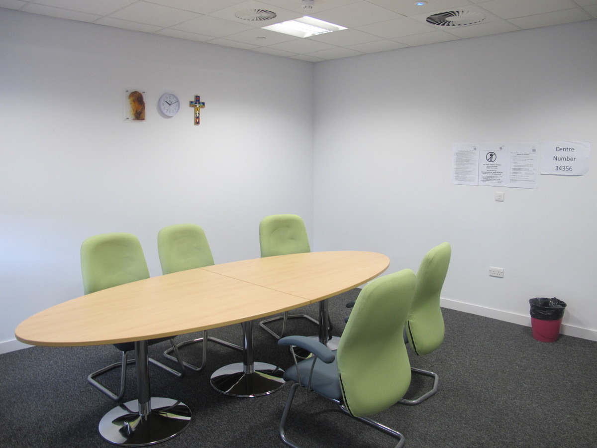 Seminar Room 4 - St John Bosco Arts College - Liverpool - 2 - SchoolHire