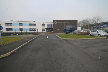 Aldercar High School - Nottingham - 1 - SchoolHire