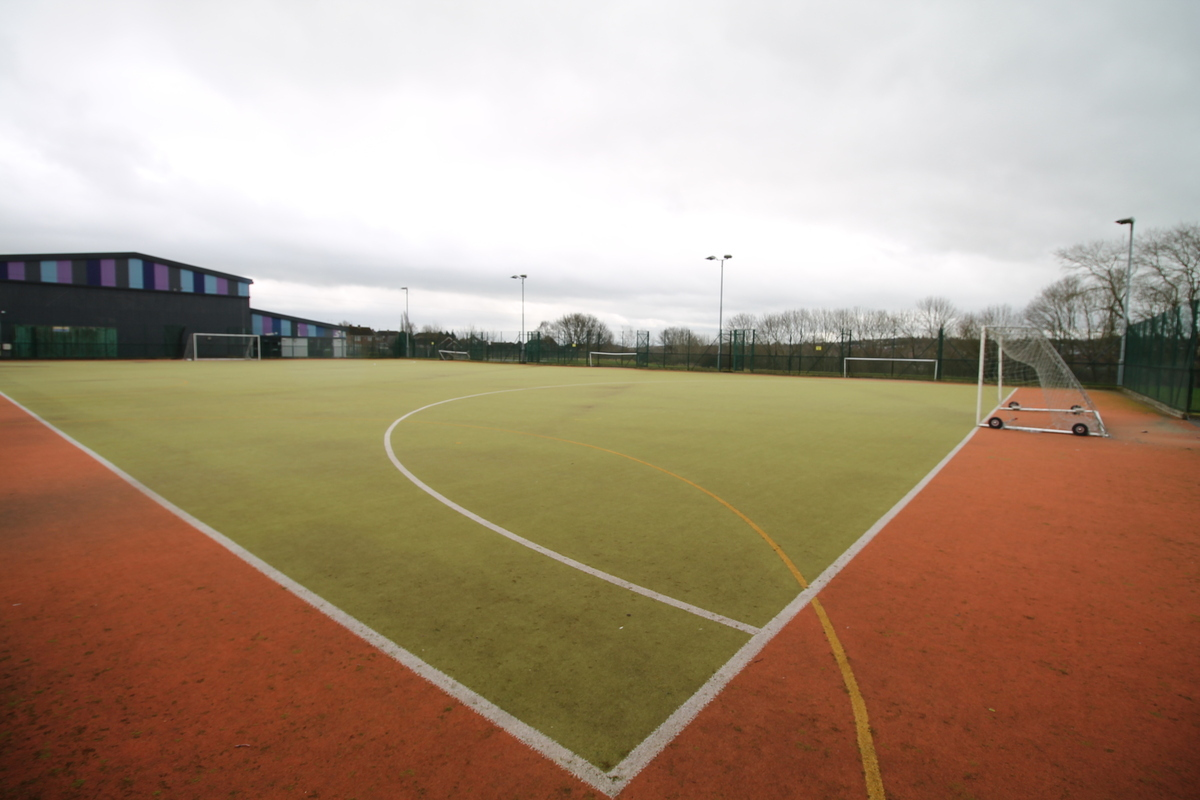 Astro Pitch - Aldercar High School - Nottingham - 1 - SchoolHire