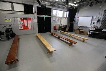 Drama Studio - Aldercar High School - Nottingham - 2 - SchoolHire
