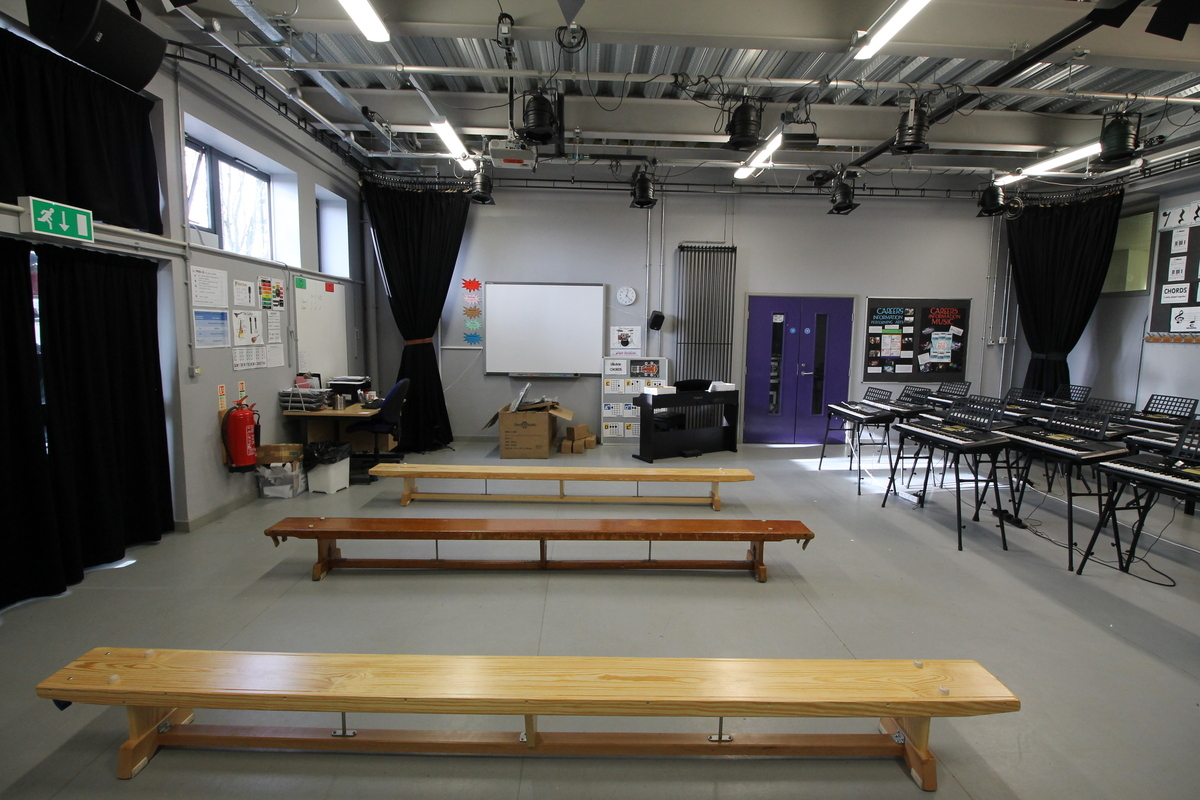 Drama Studio - Aldercar High School - Nottingham - 3 - SchoolHire