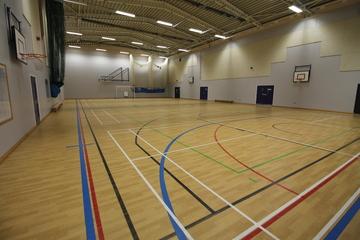 Sports Hall - Aldercar High School - Nottingham - 2 - SchoolHire