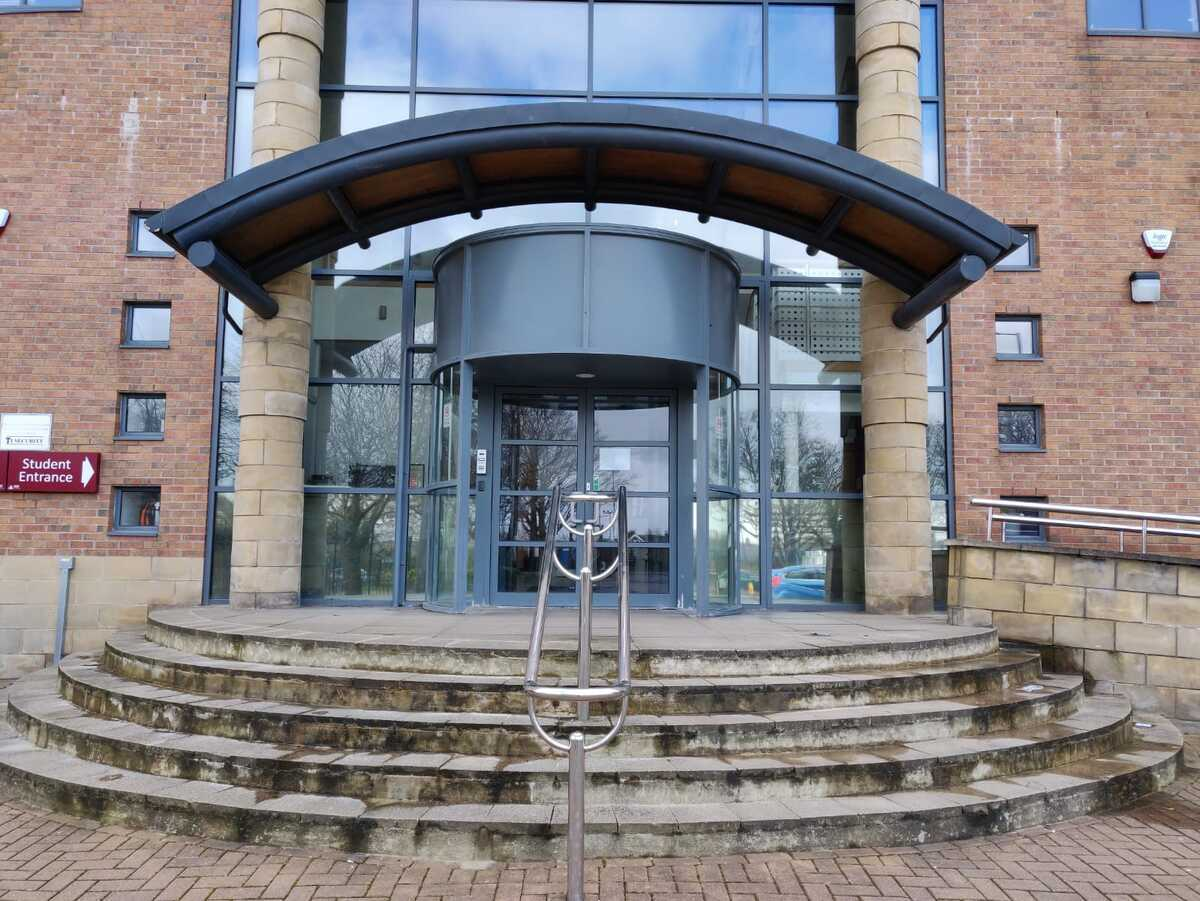 EDU @ Dixons Trinity Academy - West Yorkshire - 1 - SchoolHire