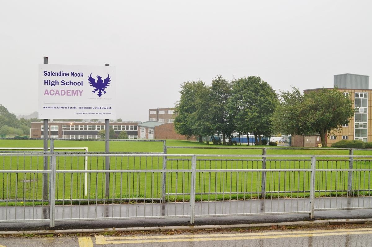 EDU @ Salendine Nook High School - West Yorkshire - 3 - SchoolHire