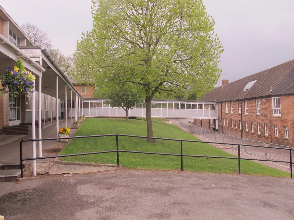 St Edward's School - Gloucestershire - 4 - SchoolHire
