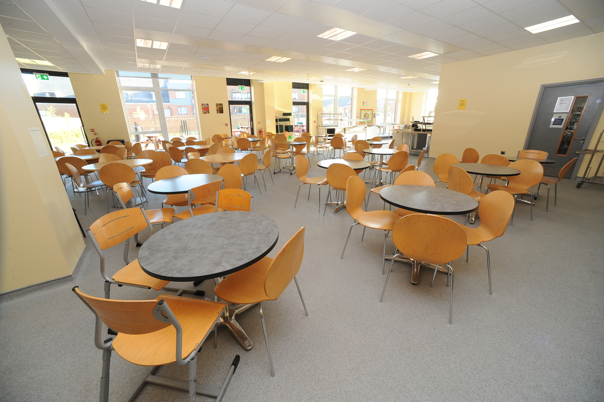 Dining Hall - Salvatorian College - Harrow - 1 - SchoolHire
