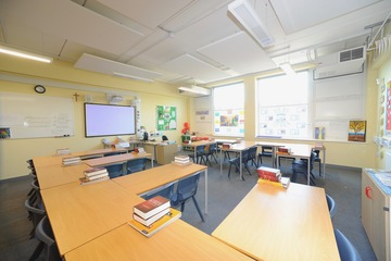 Classrooms - Salvatorian College - Harrow - 3 - SchoolHire