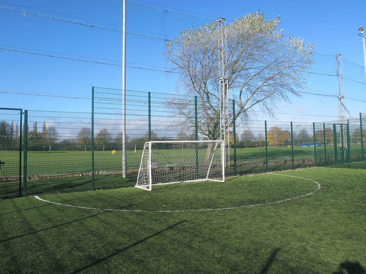 3G Pitch 1 - Charnwood Golf & Leisure Complex - Leicestershire - 4 - SchoolHire