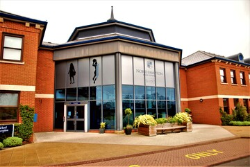 Northampton High School - Northamptonshire - 3 - SchoolHire