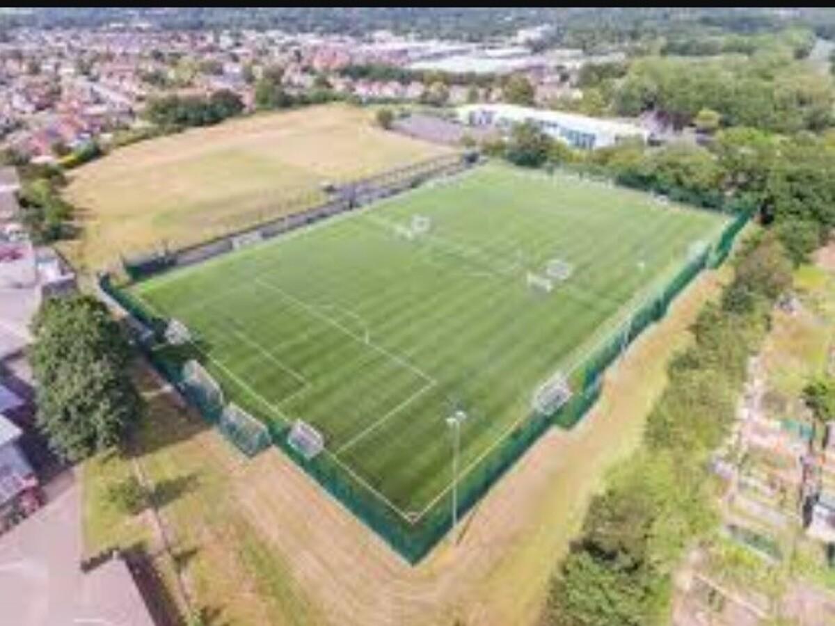EDU @ Woodfield Academy - Worcestershire - 1 - SchoolHire
