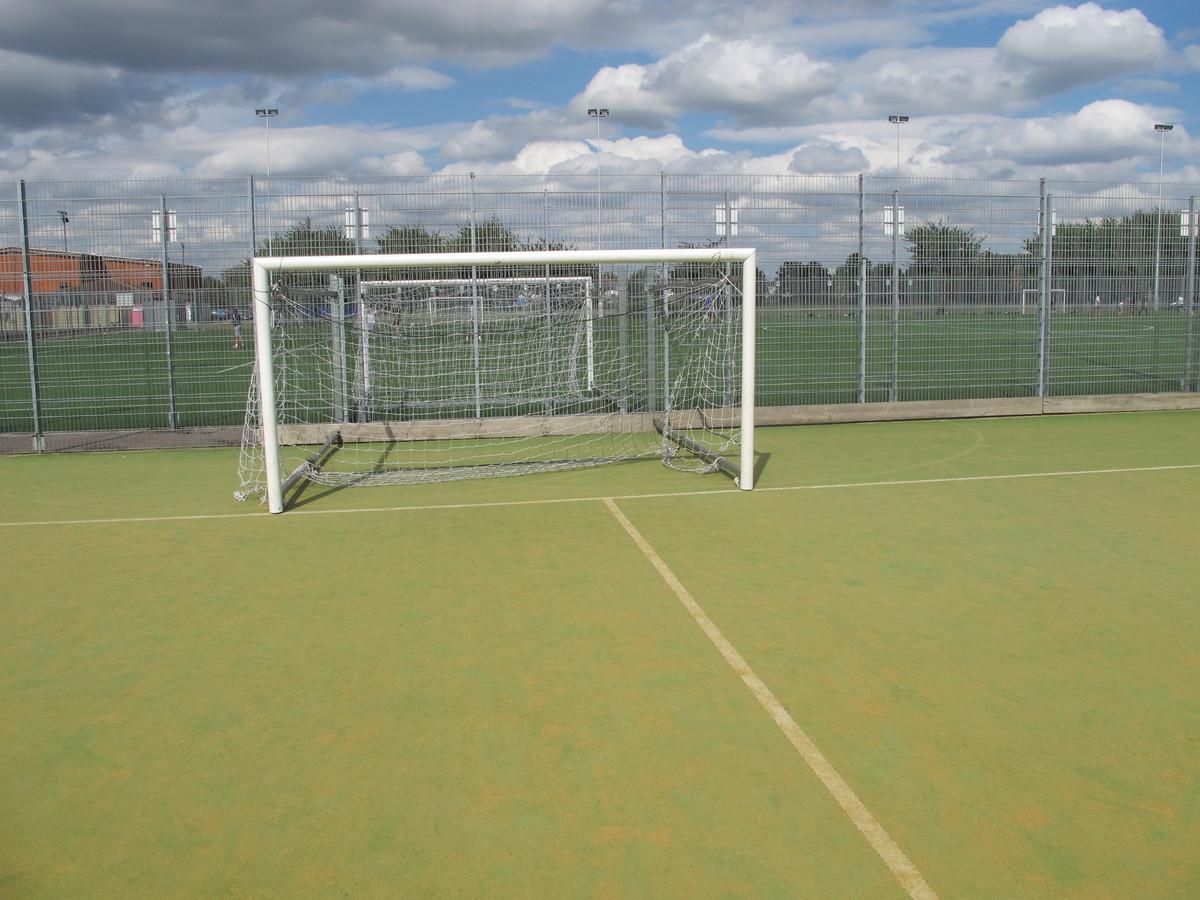 AstroTurf (Sand-based) - Tudor Park Sports & Leisure - Hounslow - 3 - SchoolHire