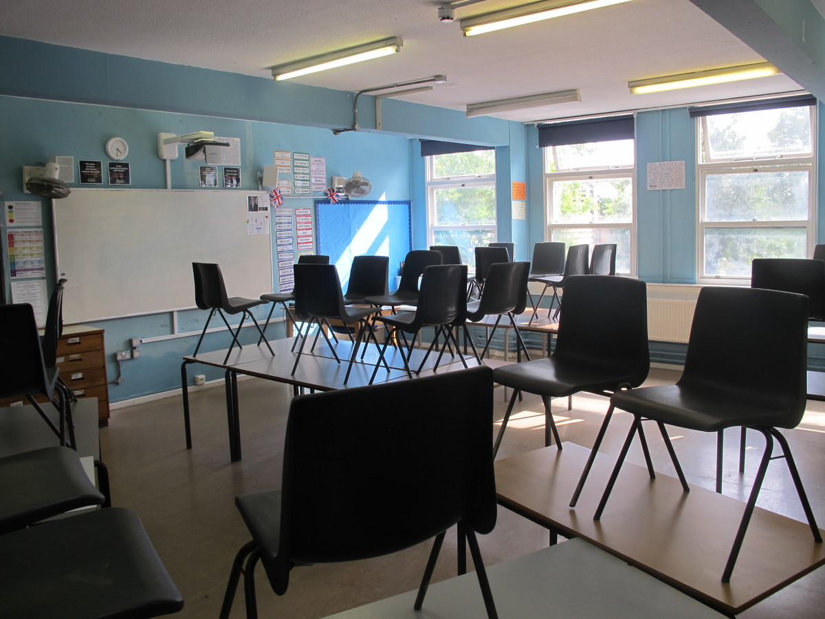 Classrooms - Main Block - Tudor Park Sports & Leisure - Hounslow - 1 - SchoolHire