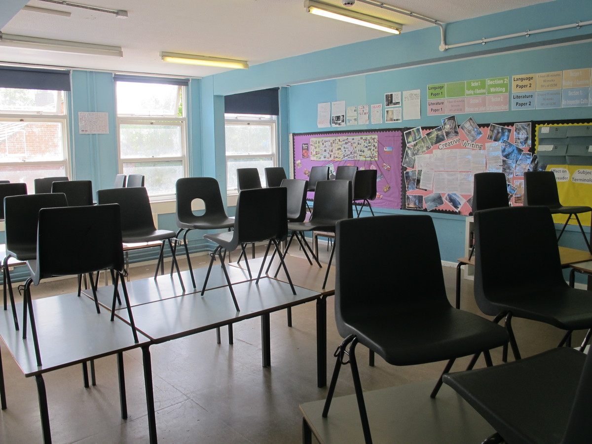 Classrooms - Main Block - Tudor Park Sports & Leisure - Hounslow - 2 - SchoolHire