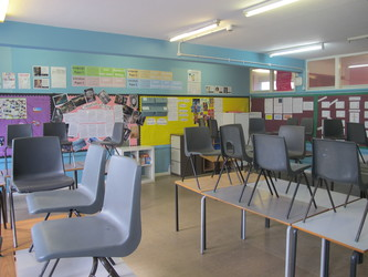Classrooms - Main Block - Tudor Park Sports & Leisure - Hounslow - 4 - SchoolHire
