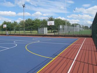 Netball Court - Tudor Park Sports & Leisure - Hounslow - 4 - SchoolHire