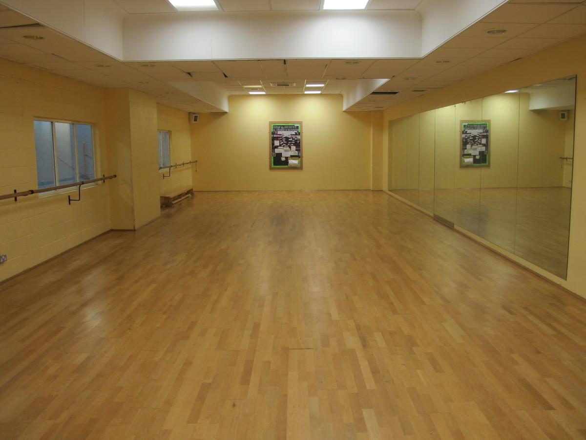 Dance Studio 2 - Tudor Park Sports & Leisure - Hounslow - 3 - SchoolHire