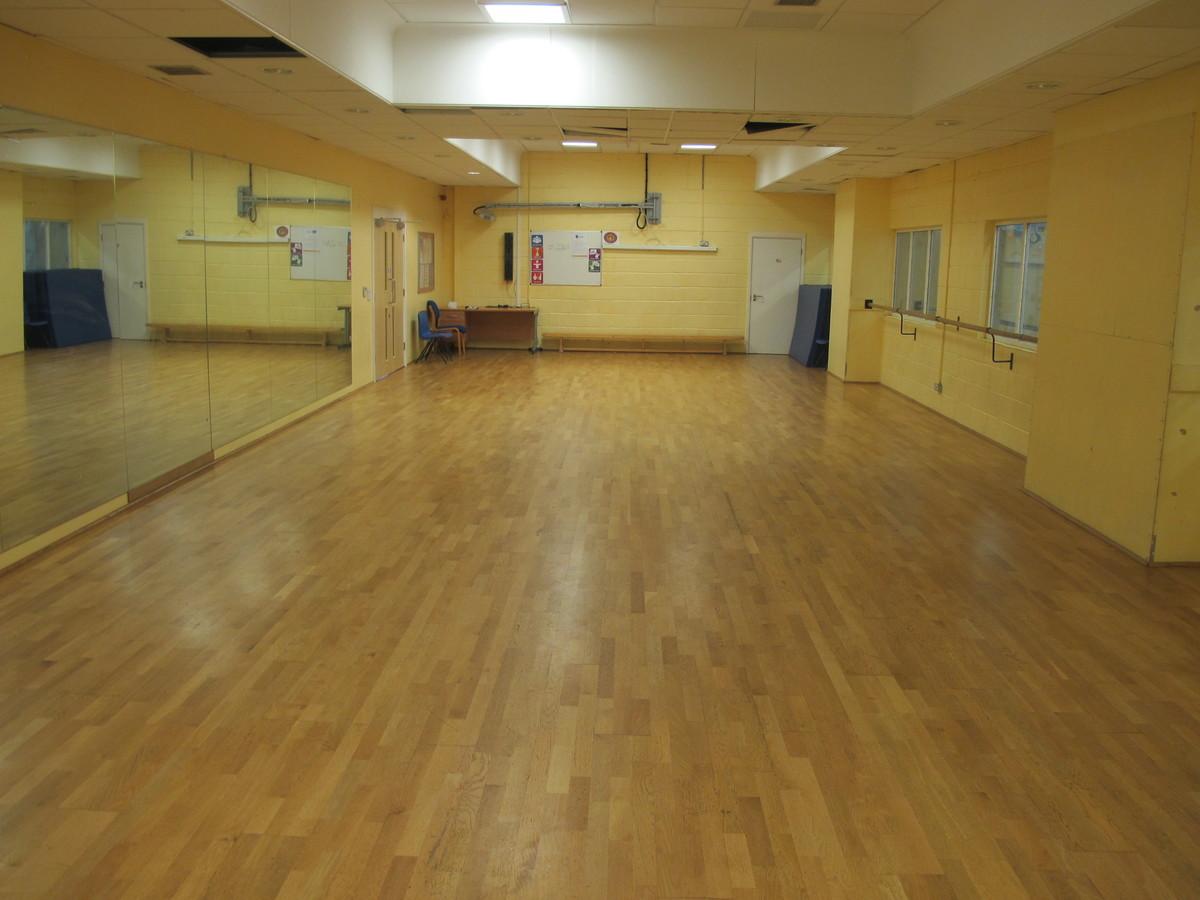 Dance Studio 2 - Tudor Park Sports & Leisure - Hounslow - 4 - SchoolHire