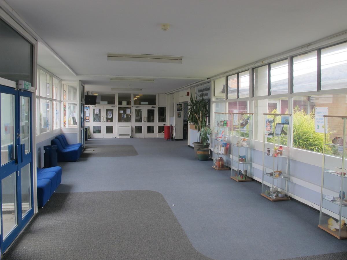 Kenilworth School and Sixth Form - Warwickshire - 4 - SchoolHire