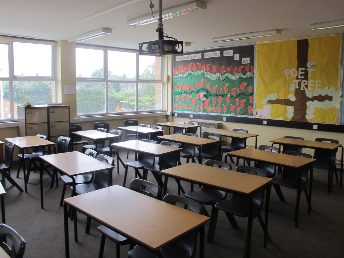 Classrooms - M Block - Kenilworth School and Sixth Form - Warwickshire - 2 - SchoolHire