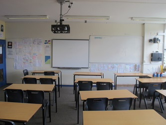 Classrooms - M Block - Kenilworth School and Sixth Form - Warwickshire - 3 - SchoolHire