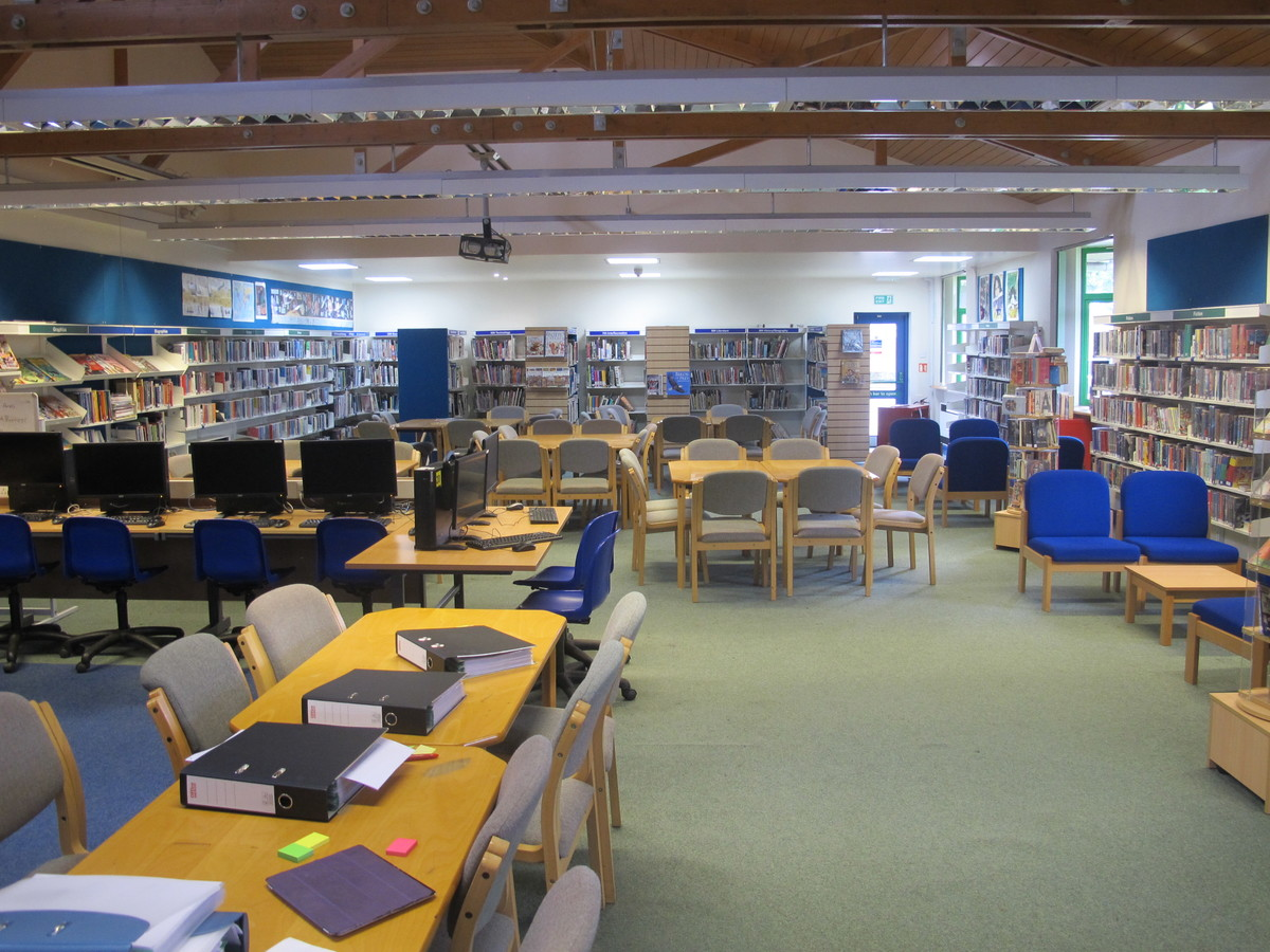 LRC - Kenilworth School and Sixth Form - Warwickshire - 2 - SchoolHire