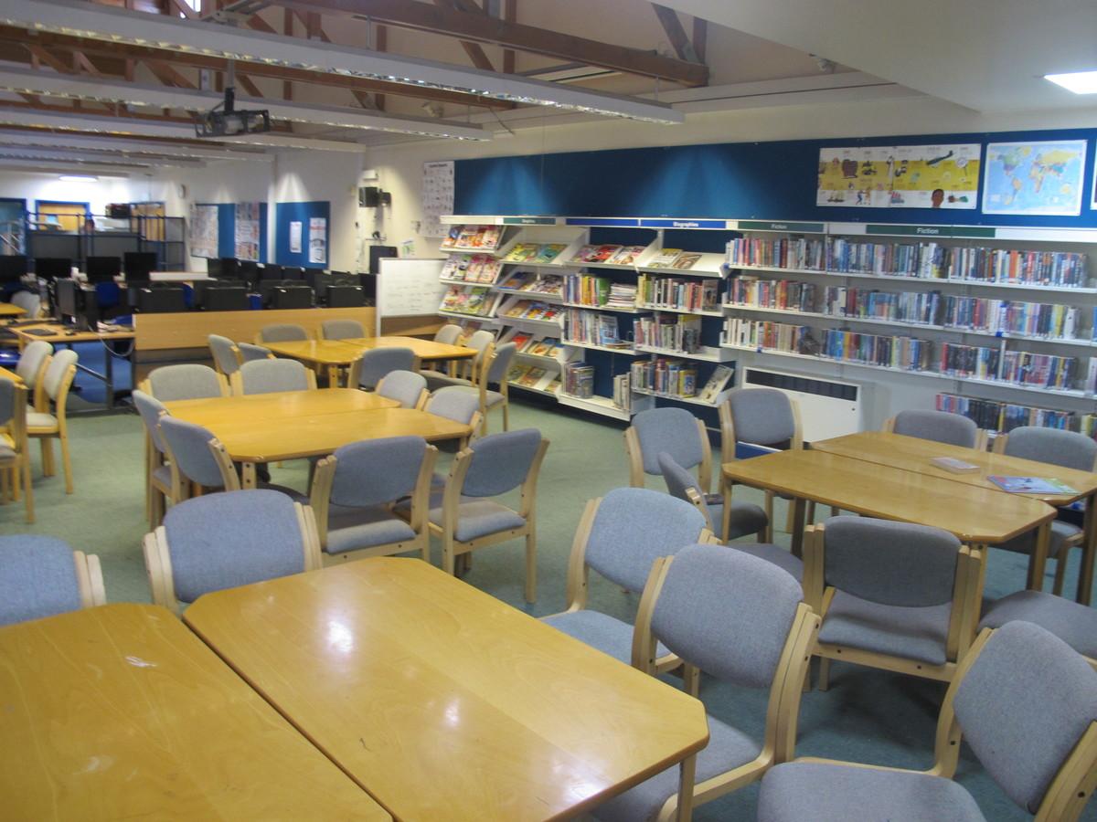 LRC - Kenilworth School and Sixth Form - Warwickshire - 4 - SchoolHire