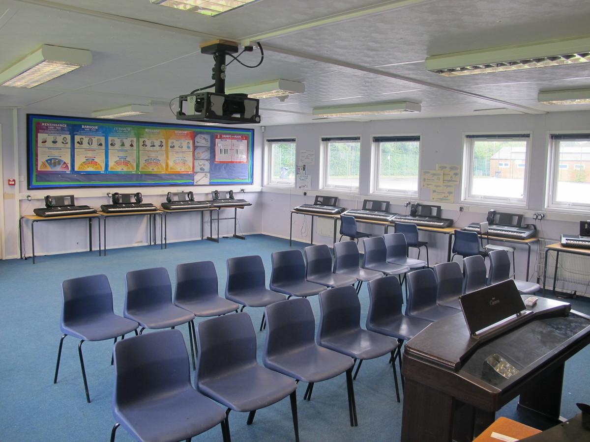 Old Music Hut - Kenilworth School and Sixth Form - Warwickshire - 2 - SchoolHire