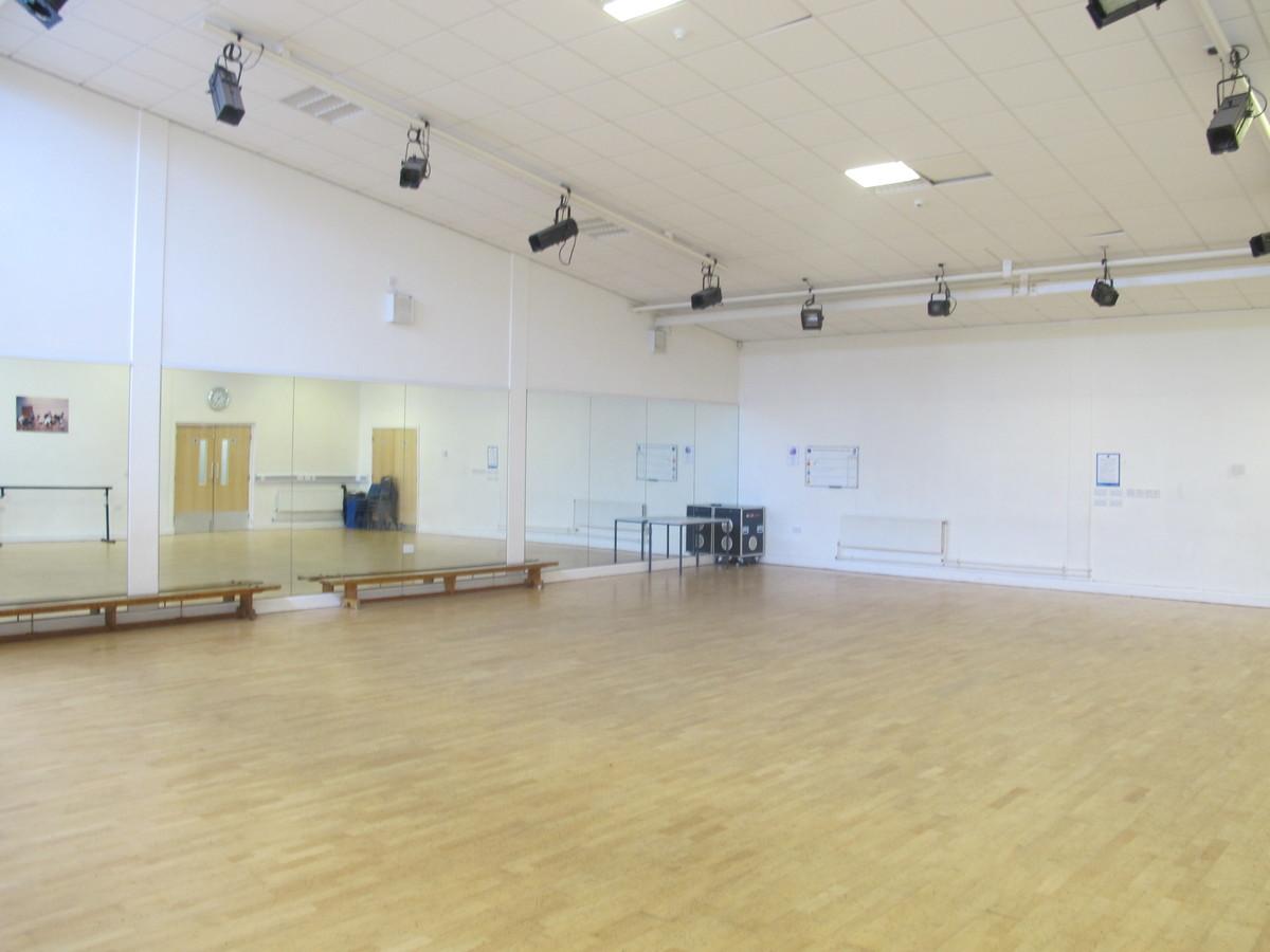 Dance Studio - Merchants of Fitness @ OLSC - Wolverhampton - 1 - SchoolHire