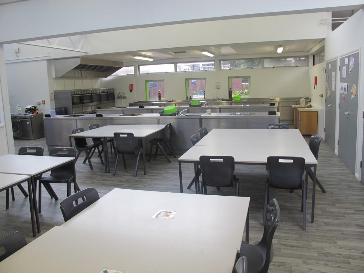 Kitchen Classroom - Merchants of Fitness @ OLSC - Wolverhampton - 1 - SchoolHire