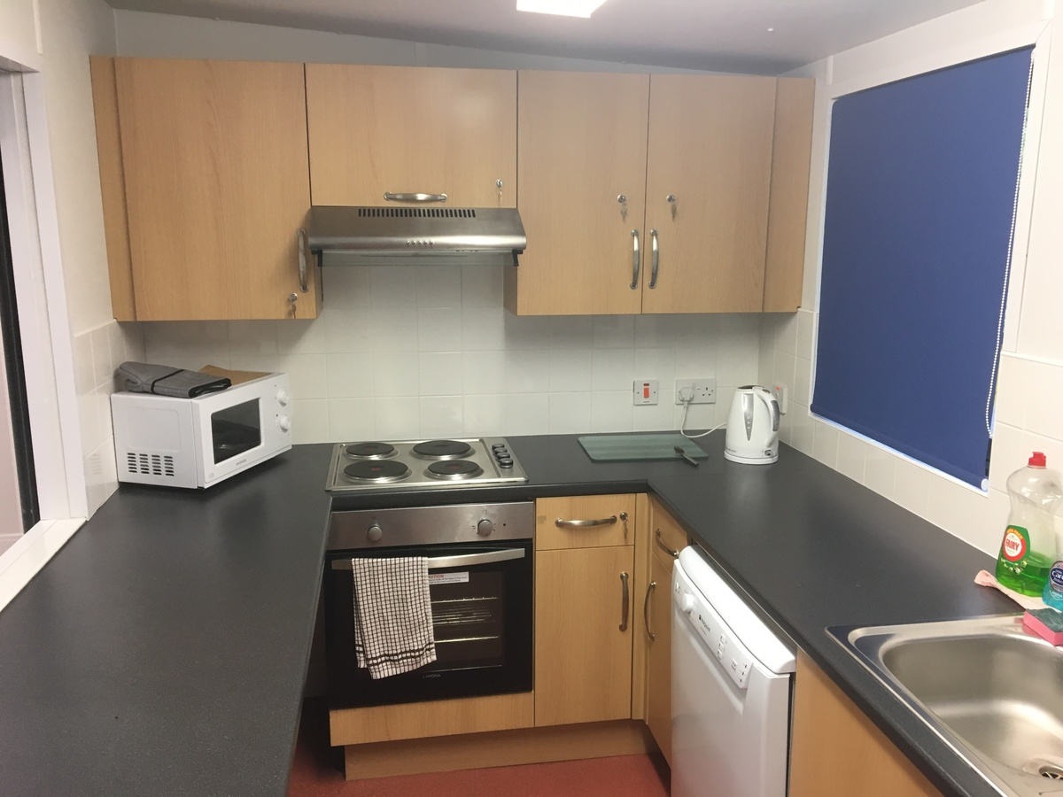 Community Room & Kitchen - South Bromsgrove High - Worcestershire - 2 - SchoolHire
