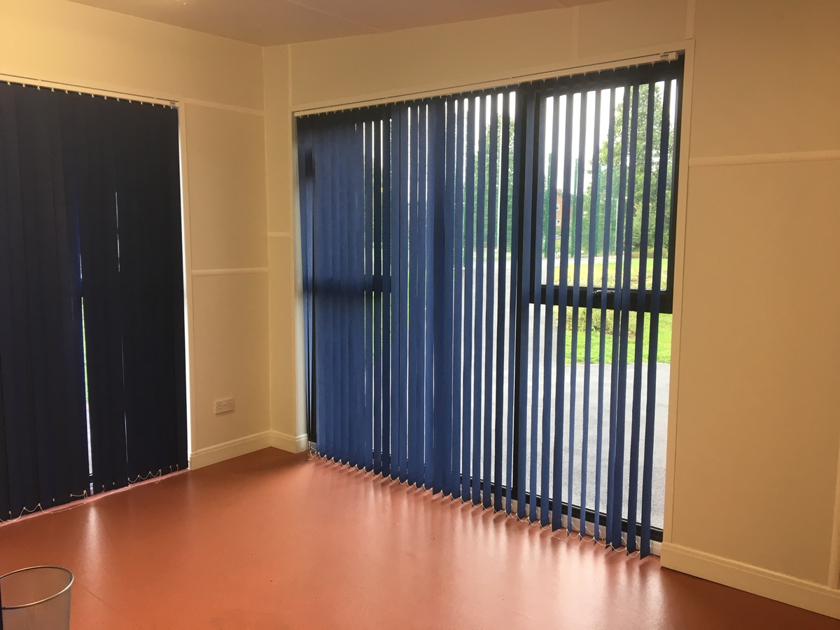 Community Room & Kitchen - South Bromsgrove High - Worcestershire - 3 - SchoolHire