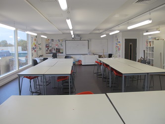 Art Room - KR.4.01 - Hackney New School - Hackney - 2 - SchoolHire