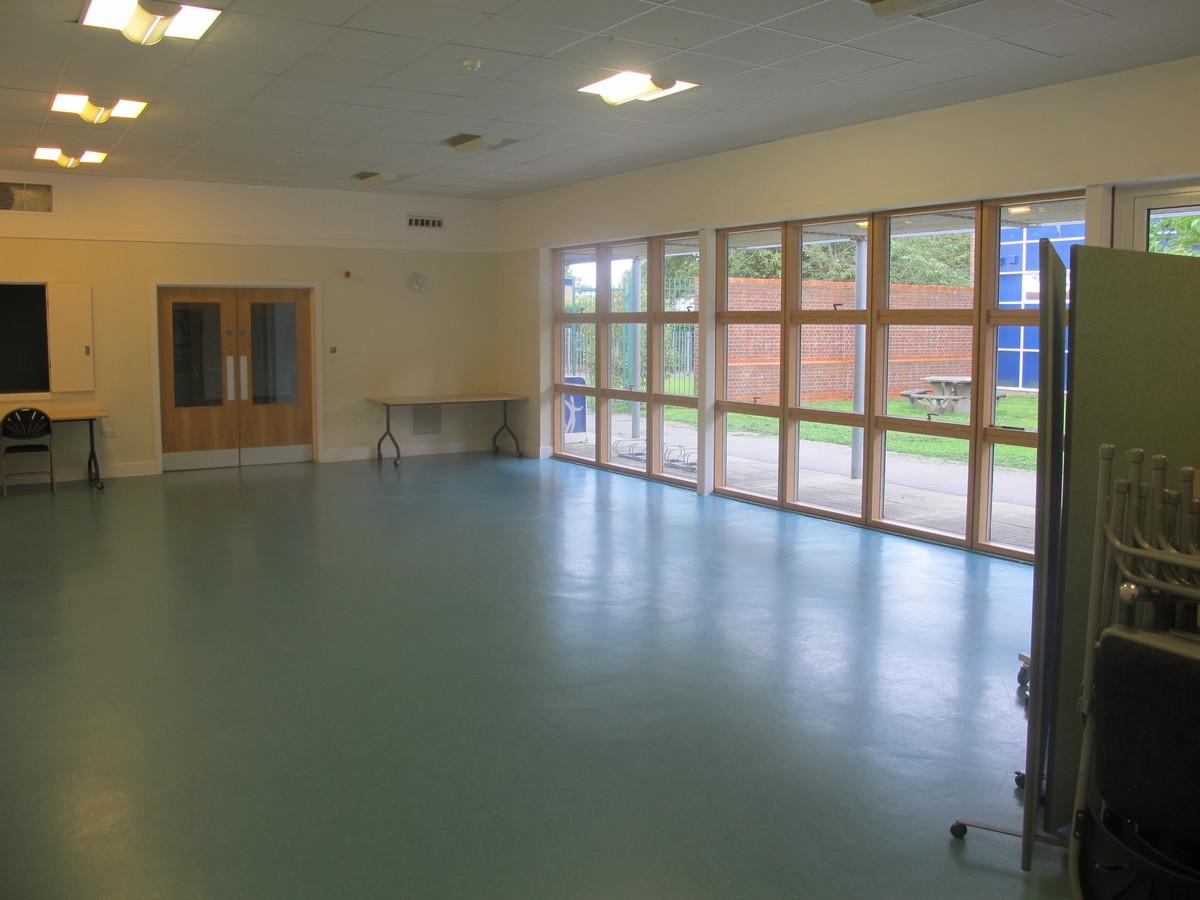 Martin Ramsey Community Suite - Bridgemary School - Hampshire - 1 - SchoolHire