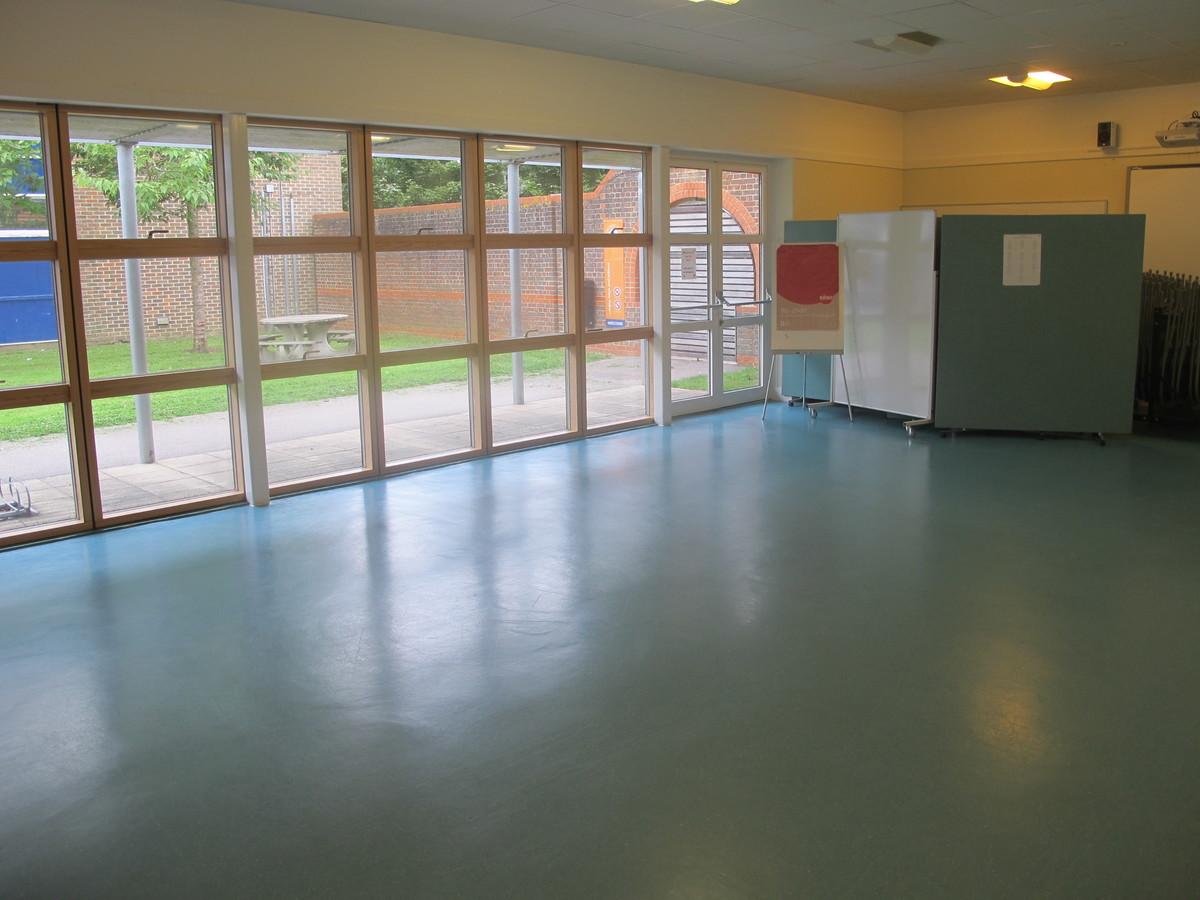 Martin Ramsey Community Suite - Bridgemary School - Hampshire - 2 - SchoolHire