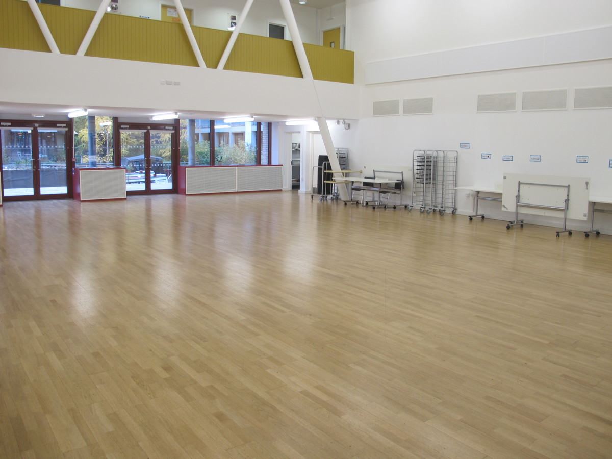 School Hall - Hackney New School - Hackney - 1 - SchoolHire