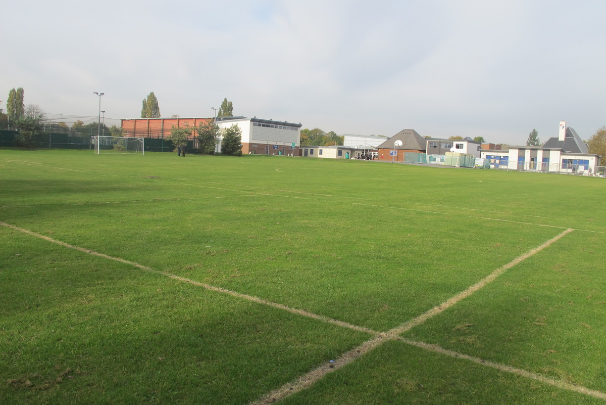 Cricket - Outdoor Pitch (Apr - Aug) - Slough & Eton College - Slough - 3 - SchoolHire