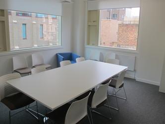 Meeting Room - KR.1.01 - Hackney New School - Hackney - 2 - SchoolHire
