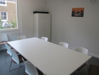 Meeting Room - KR.1.01 - Hackney New School - Hackney - 3 - SchoolHire