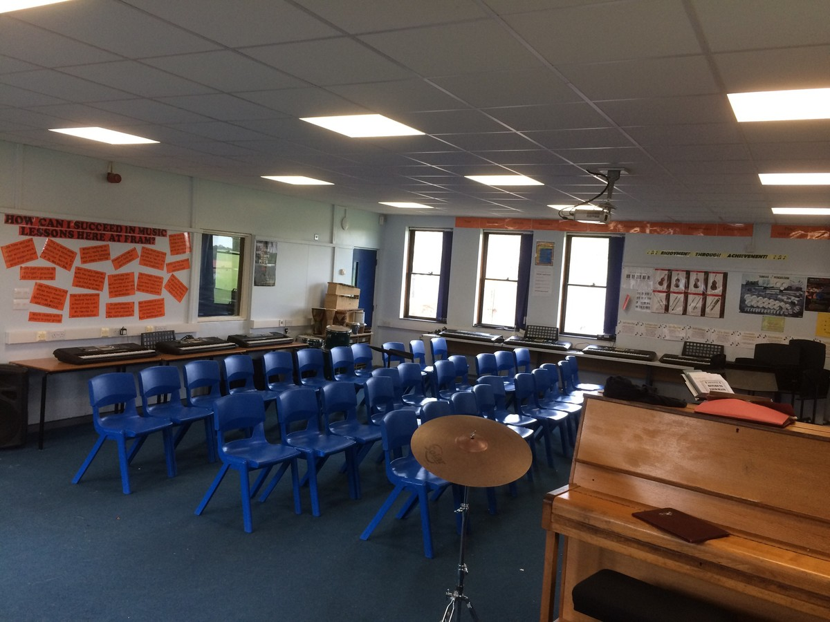 Music Room - Framingham Earl High School - Norfolk - 1 - SchoolHire