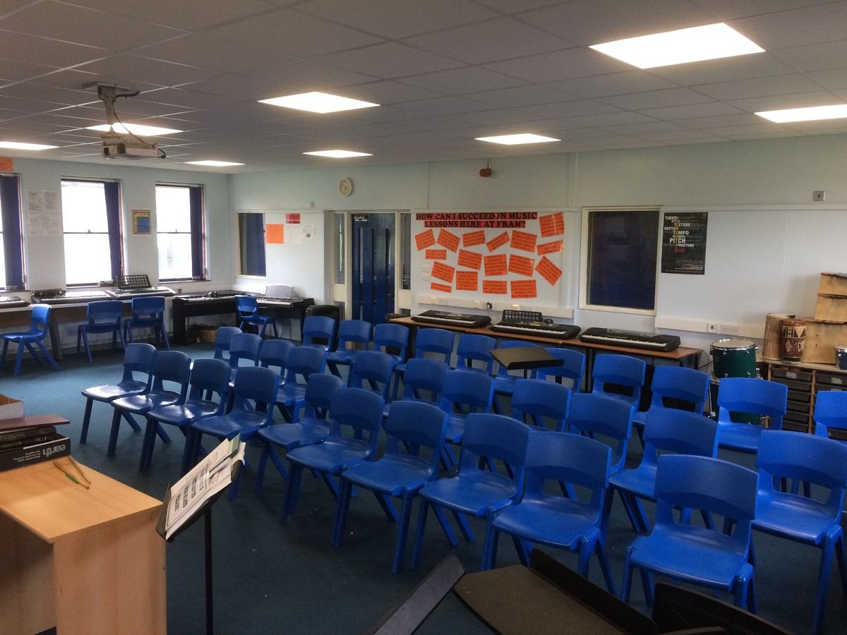 Music Room - Framingham Earl High School - Norfolk - 2 - SchoolHire