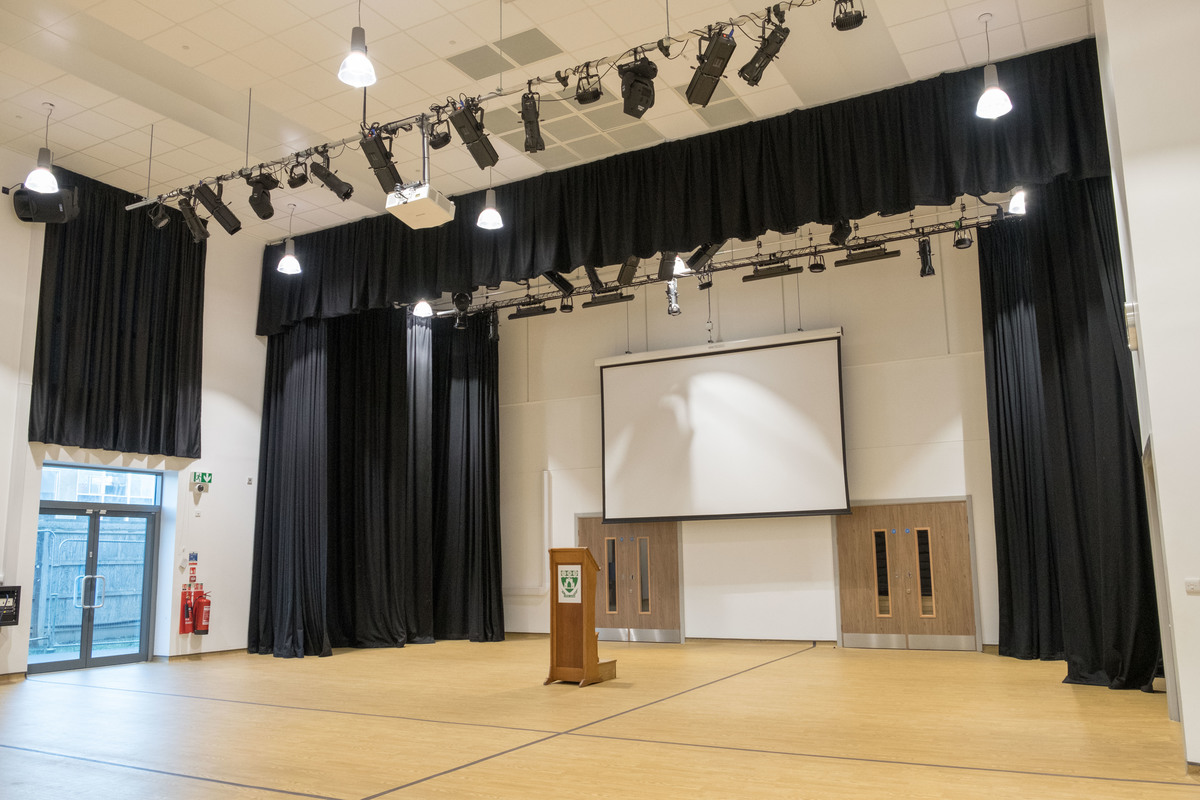 Main Hall - Laurence Jackson Sports Village - North Yorkshire - 1 - SchoolHire