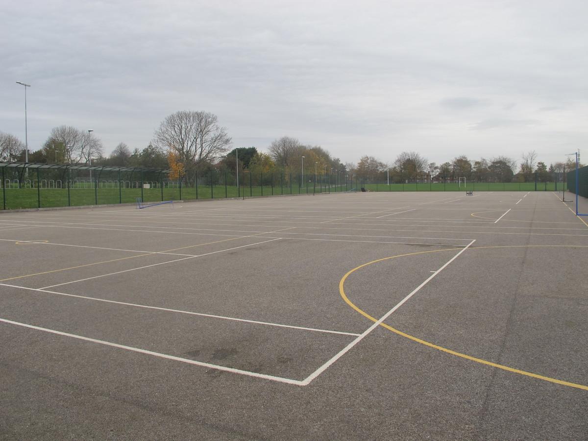 MUGA - Tennis / Netball - Kirk Balk Academy - Barnsley - 1 - SchoolHire