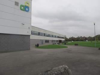 Kearsley Academy - Bolton - 2 - SchoolHire
