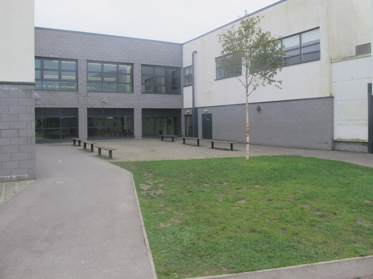 Kearsley Academy - Bolton - 4 - SchoolHire