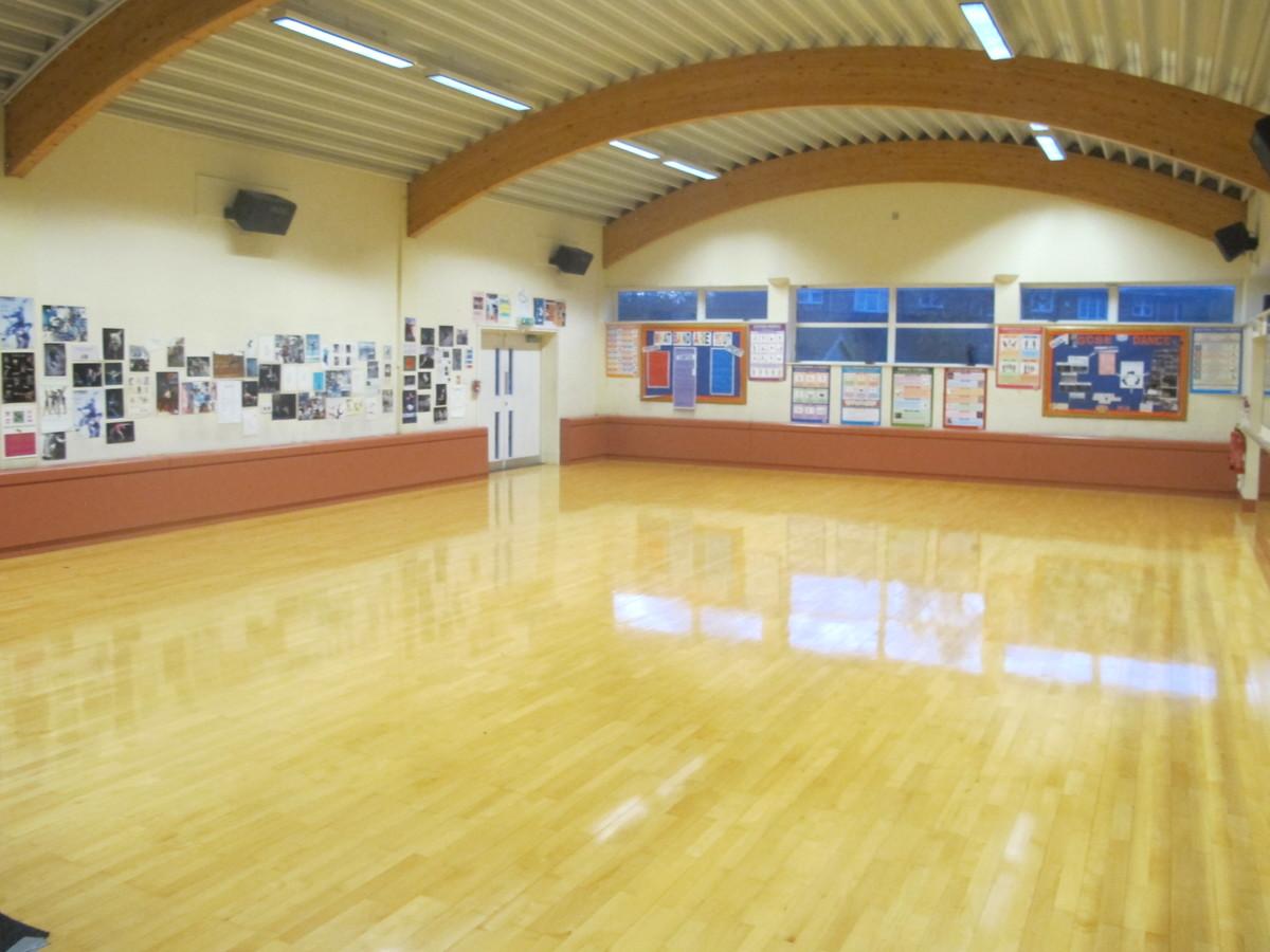 Dance Studio (G005) - Plumstead Manor School - Greenwich - 4 - SchoolHire