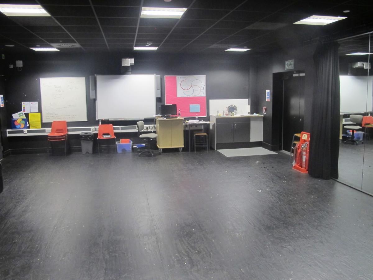 Drama Studio (H011) - Plumstead Manor School - Greenwich - 1 - SchoolHire