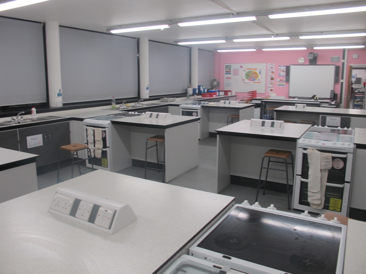 Food Tech [AL05] - Plumstead Manor School - Greenwich - 3 - SchoolHire